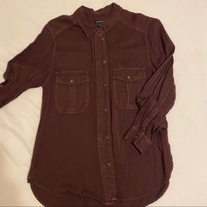 AE Plum button up